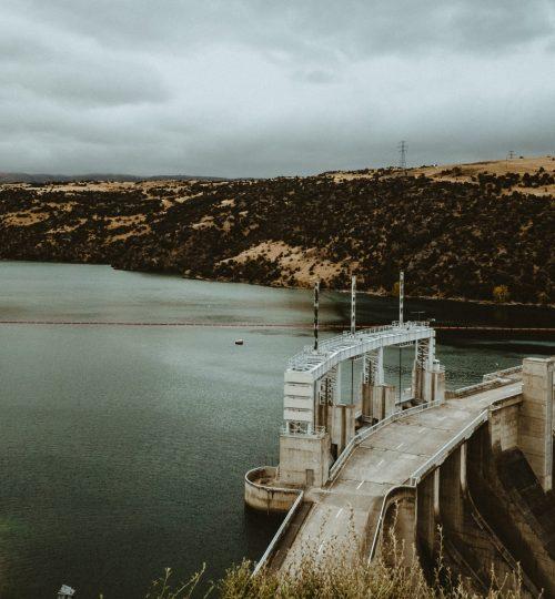 Barragens e irrigação